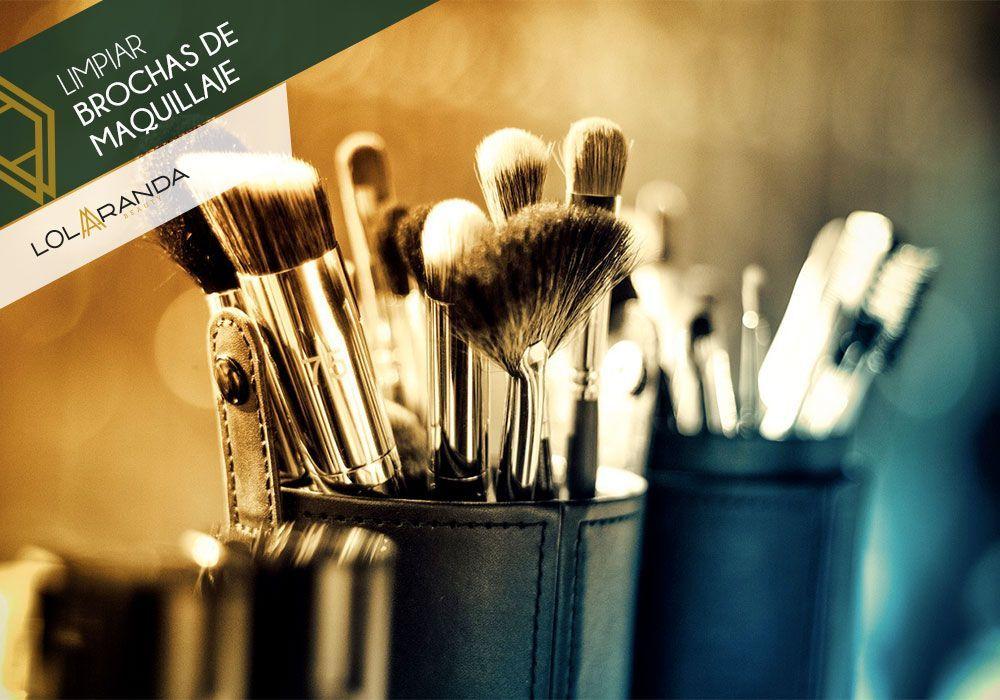 como-limpiar-brochas-maquillaje