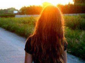 como dar brillo al pelo